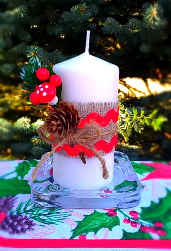 Рождественская свеча декорированная  01