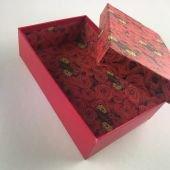 Подарочная коробка Красные розы 16.5 х 10.5 х 5см. С любовью!