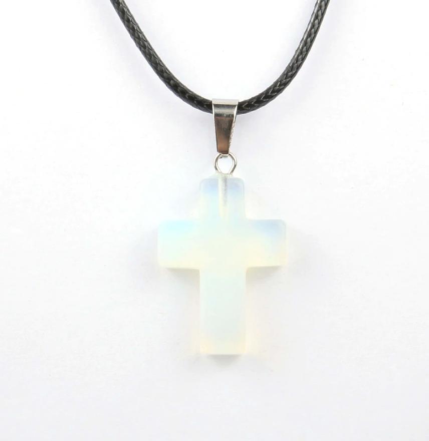 Кулон в виде креста из натурального камня (Лунный камень)